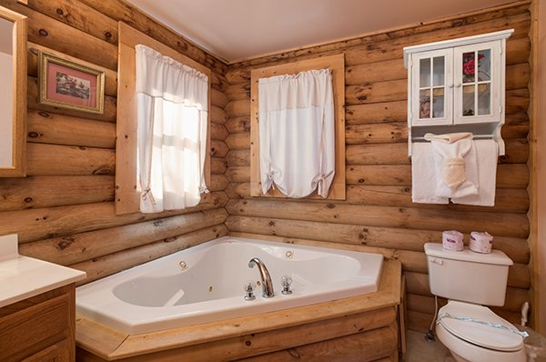 Jacuzzi tub in the corner at Sierra's Mountain Retreat, a 2 bedroom cabin rental located in Pigeon Forge