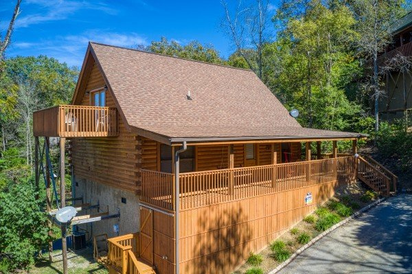 Skyline Retreat, a 2 bedroom cabin rental located in Sevierville