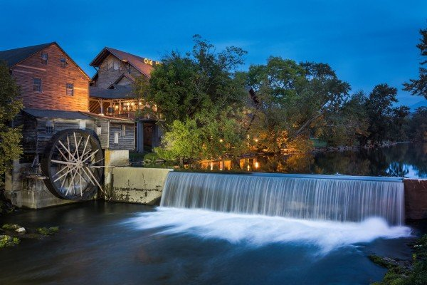 pigeon forge old mill at night near another day in bearadise a 2 bedroom cabin rental located in pigeon forge