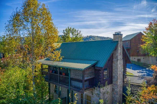 exterior overhead drone view of another day in bearadise a 2 bedroom cabin rental located in pigeon forge