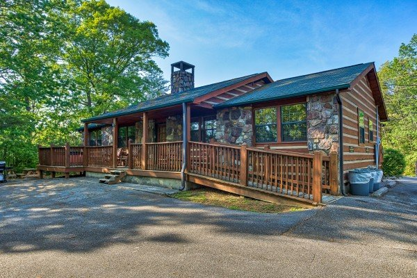 Cabin exterior with a ramp at Patriot Pointe, a 5 bedroom cabin rental located in Pigeon Forge