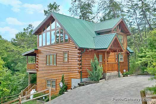 front exterior at wilderness lodge a 3 bedroom cabin rental located in pigeon forge