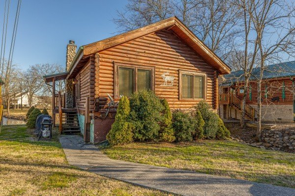Gone Fishin', a 2-bedroom cabin rental located in Pigeon Forge