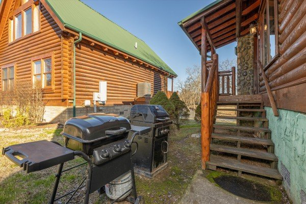 Gas grills at Gone Fishin', a 2-bedroom cabin rental located in Pigeon Forge