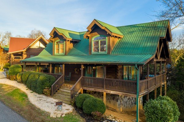 Cold Creek Camp, a 3 bedroom cabin rental located in Pigeon Forge