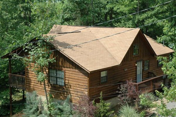 Mountain Garden, a 2 bedroom cabin rental located in Gatlinburg