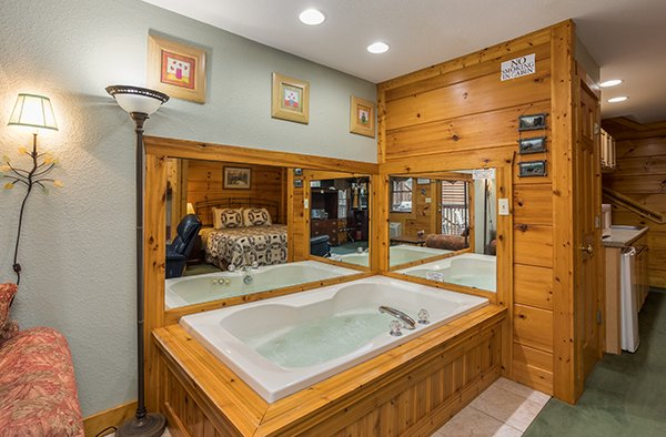 Jacuzzi in a lower bedroom at Mountain Escape, a 2 bedroom cabin rental located in Pigeon Forge