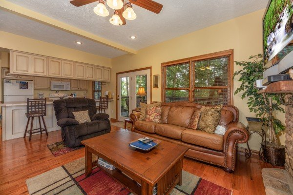 Living room seating at Amazing Memories, a 3 bedroom cabin rental located in Pigeon Forge