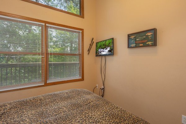 TV in the loft bedroom at Amazing Memories, a 3 bedroom cabin rental located in Pigeon Forge