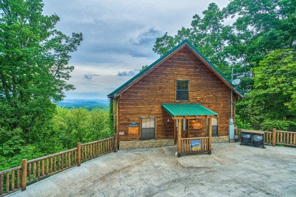 Paved flat parking area at Serenity Heights, a 3 bedroom cabin rental located in Pigeon Forge
