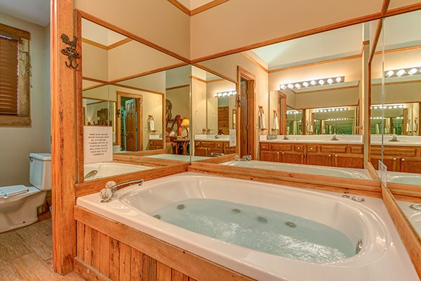 Jacuzzi in the main floor bathroom at Just for Fun, a 4 bedroom cabin rental located in Pigeon Forge