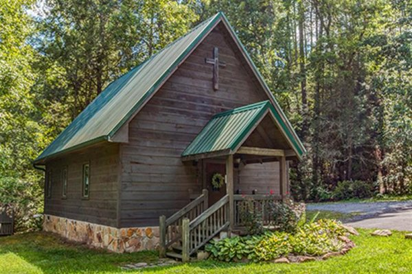 Chapel at Cedar Falls Resort for guests at Wagon Wheel Cabin, a 3 bedroom cabin rental located in Pigeon Forge