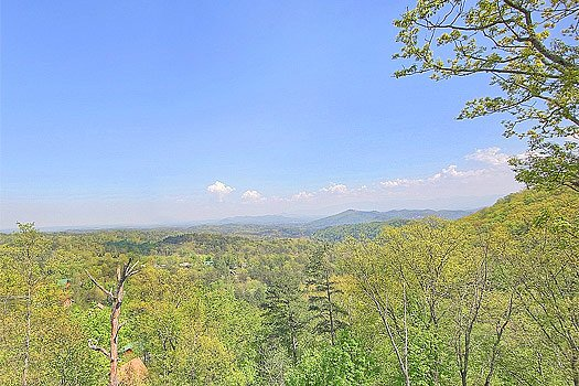 Smoky Mountain views from Bare Hugs, a 1-bedroom cabin rental located in Pigeon Forge