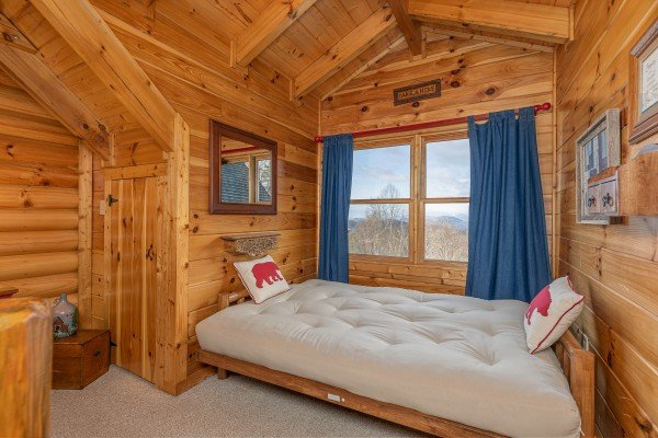 Day bed in a bedroom at Lookout Lodge, a 5 bedroom cabin rental located in Pigeon Forge