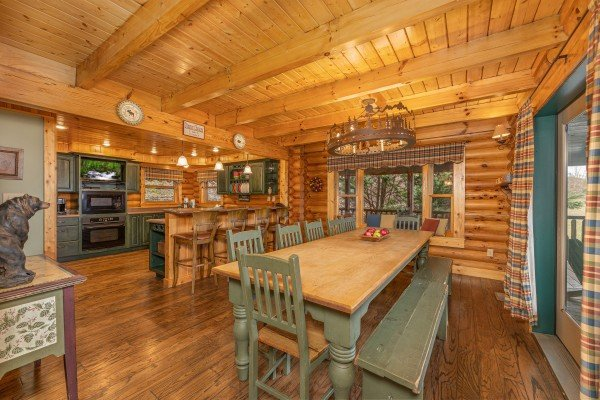 Dining table for 10 at Lookout Lodge, a 5 bedroom cabin rental located in Pigeon Forge