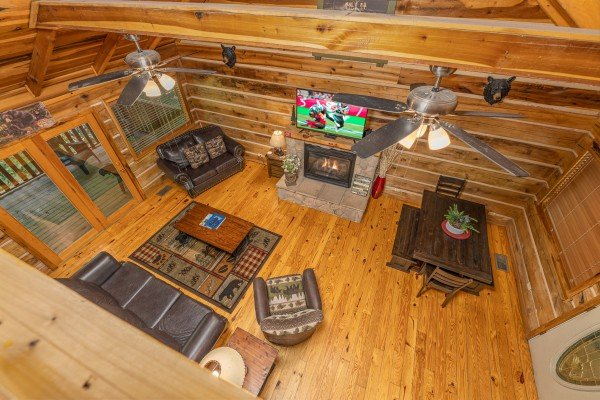 Looking at the living room at Bootlegger Hill Hideaway, a 2 bedroom cabin rental located in Pigeon Forge