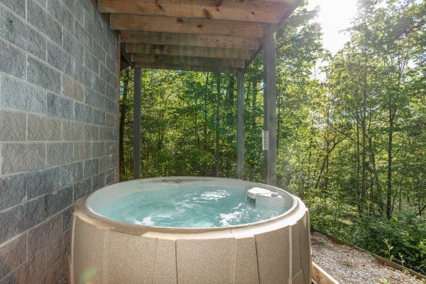 Hot tub at Trillium Lodge, a 4 bedroom cabin rental located in Gatlinburg