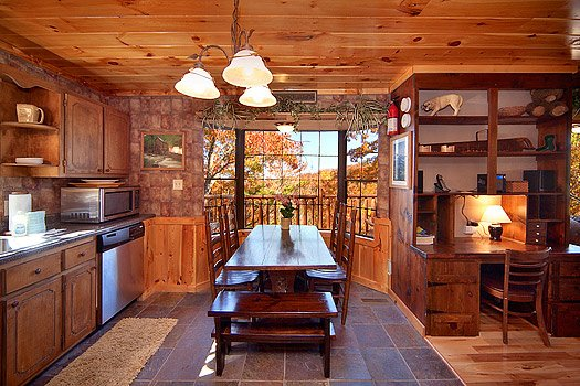 dining table at hidden pleasure a 1 bedroom cabin rental located in gatlinburg