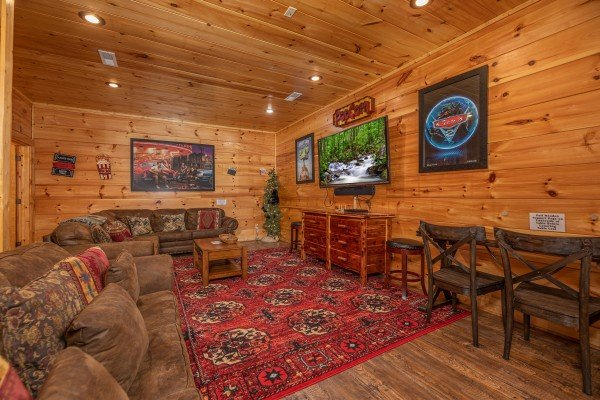 at bearfoot paradise a 3 bedroom cabin rental located in pigeon forge