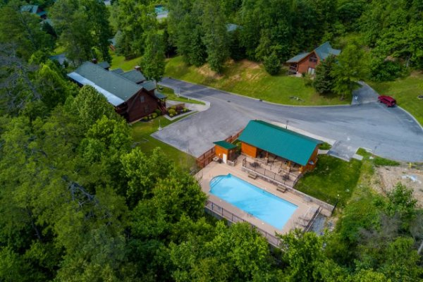 Drone view of Smoky Ridge Resort, home of Cozy Creek, a 3-bedroom cabin rental located in Pigeon Forge