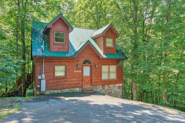 Swept Away in the Smokies, a 1 bedroom cabin rental located in Pigeon Forge