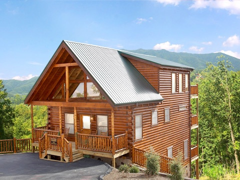 exterior front entrance at natural wonder a 4 bedroom cabin rental located in gatlinburg