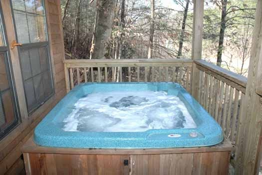 main level deck with hot tub at whispering creek a 1 bedroom cabin rental located in gatlinburg