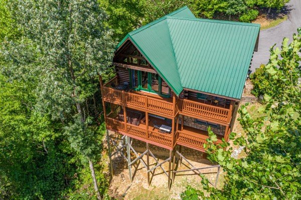 Private Indulgences, a 2 bedroom cabin rental located in Gatlinburg