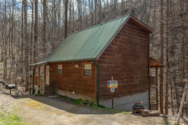 Exterior cabin view at My Smoky Mountain Hideaway, a 3 bedroom cabin rental located in Pigeon Forge