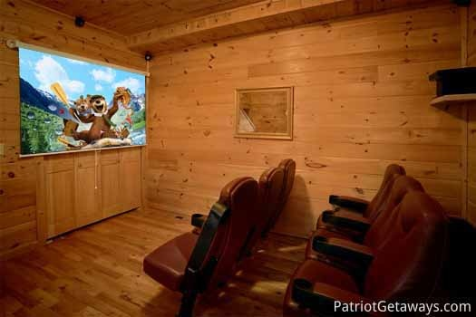 home theater at highlander a 4 bedroom cabin rental located in gatlinburg