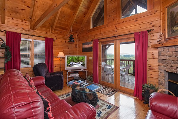 living room area at 1 amazing view a 2 bedroom cabin rental located in pigeon forge