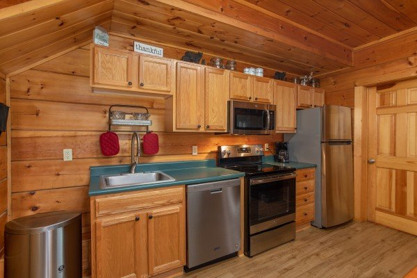 at the nest a 1 bedroom cabin rental located in pigeon forge