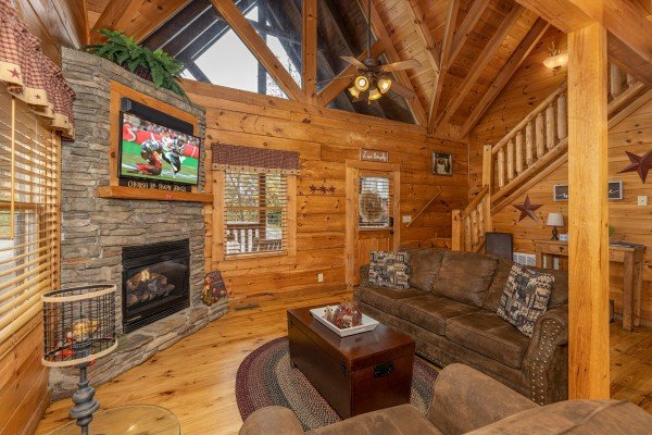 Vaulted living room at Livin' Simple, a 2 bedroom cabin rental located in Pigeon Forge