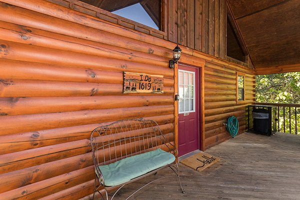 at i do a 1 bedroom cabin rental located in pigeon forge