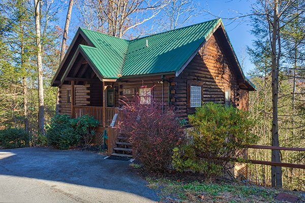 Mountain Top View, a 3 bedroom cabin rental located in Gatlinburg