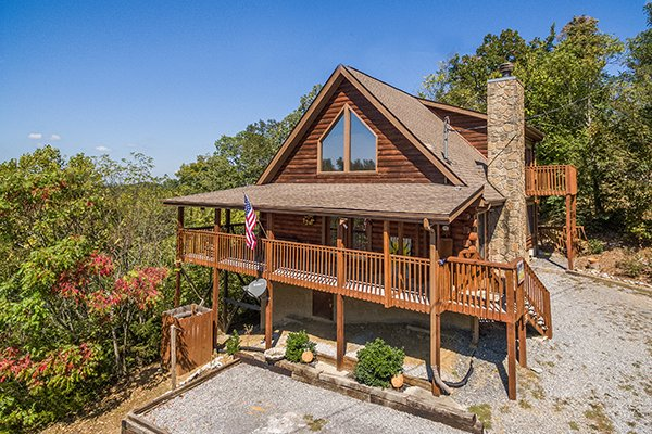 Lake Life, a 4 bedroom cabin rental located in Sevierville