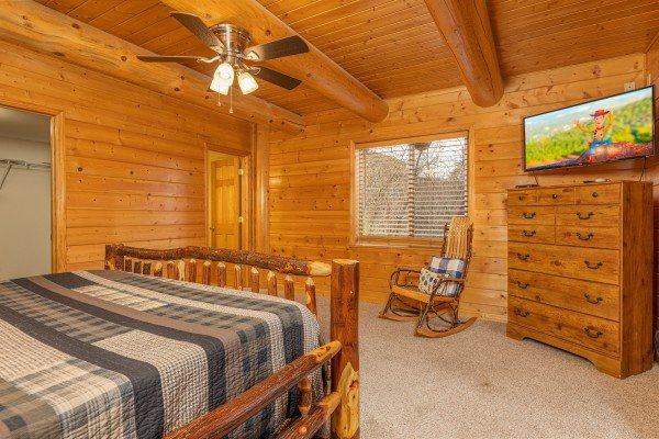 Dresser and TV in a bedroom at Smoky Mountain Escape, a 3 bedroom cabin rental located in Pigeon Forge