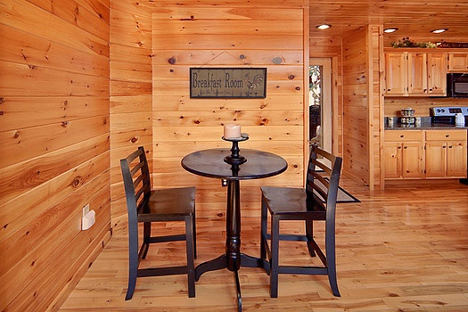 breakfast area seating at rainbow's end a 4 bedroom cabin rental located in pigeon forge