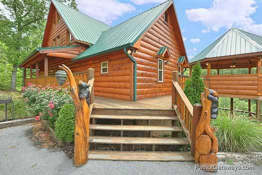 Custom front entrance at Rainbow's End, a 4 bedroom cabin rental located in Pigeon Forge