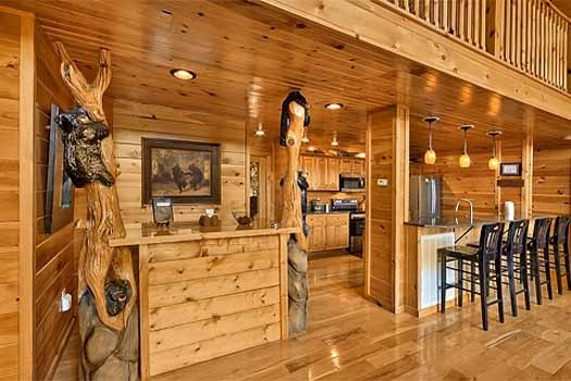 custom wall art at rainbow's end a 4 bedroom cabin rental located in pigeon forge
