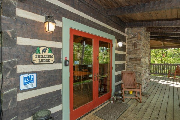 Main entrance at Trillium Lodge, a 4 bedroom cabin rental located in Gatlinburg