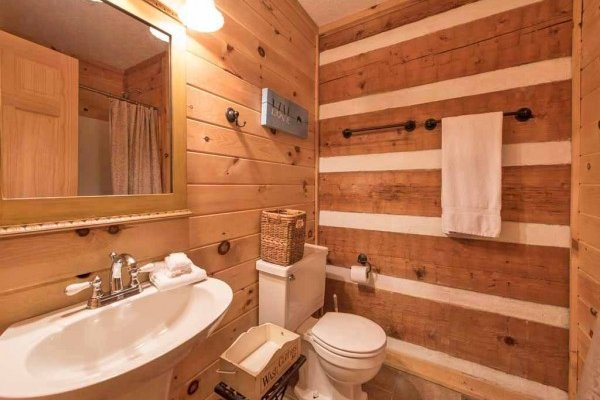En suite bathroom at Wild at Heart, a 1 bedroom cabin rental located in Gatlinburg