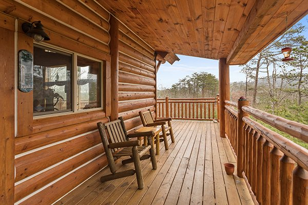at rising wolf lodge a 3 bedroom cabin rental located in pigeon forge