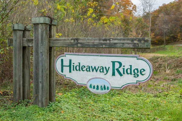 Hideaway Ridge is where you'll find Fishin' & Wishin', a 1-bedroom cabin rental located in Sevierville
