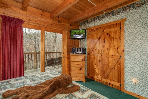 Dresser and TV at Sweet Mountain Escape, a 2 bedroom cabin rental located in Pigeon Forge