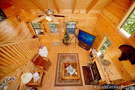 overhead view of living room at shy bear a 2 bedroom cabin rental located in pigeon forge