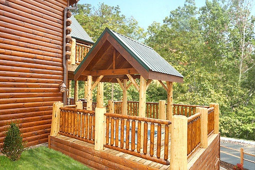 covered hot tub at incredible! a 6 bedroom cabin rental located in gatlinburg
