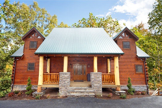 front door view of incredible! a 6 bedroom cabin rental located in gatlinburg