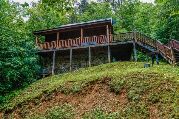 View of the steps up to the front door at Just You and Me Baby, a 1 bedroom cabin rental located in Gatlinburg