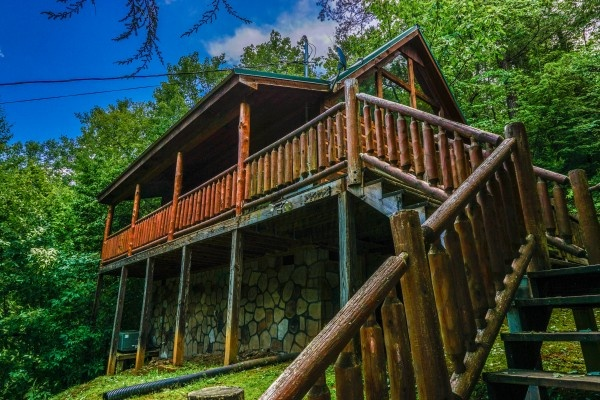 Front exterior of Just You and Me Baby, a 1 bedroom cabin rental located in Gatlinburg